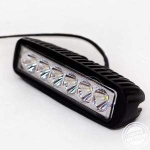 Diagonal view of 18 WATT LED Work Light Slim Black